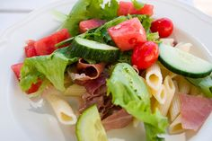 Gazpacho, Fresh Rolls, Tuna, Cobb Salad, Fish, Meat, Ethnic Recipes, Pisces, Atlantic Bluefin Tuna