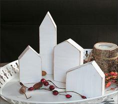 Deko-Objekte - 4x Holzhaus in shabby Weiß - ein Designerstück von Letterjan bei DaWanda