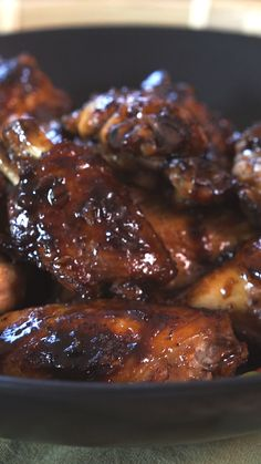 All the traditional adobo flavor you love, spread thick over chicken wings.