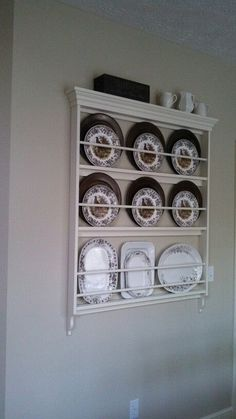 Cabinet Plate Rack, Plate Racks In Kitchen, Plate Rack Wall, Diy Plate Rack, Wall Display Cabinet, Plate Shelves, Kitchen Shelves, Display Shelves, Plates On Wall