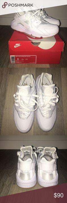 Ostrich white/gum bottom nike air huarache MEN'S SIZE 8. Ostrich white/gum bottom Nike air huarache. Nike Shoes Sneakers