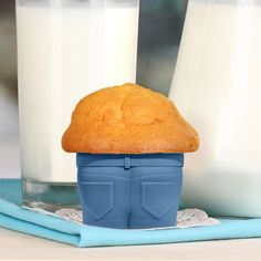 Love handles: set van 4 muffinvormpjes in jeans-look