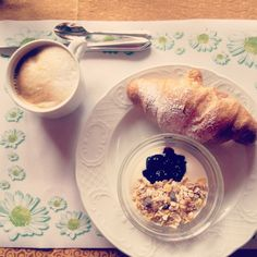 Colazione dei campioni #instagnam #bloggerwemoena American Buffet, Hotel Breakfast, Did You Eat, Recipe Of The Day, Oatmeal, Meals, Healthy, Food, The Oatmeal