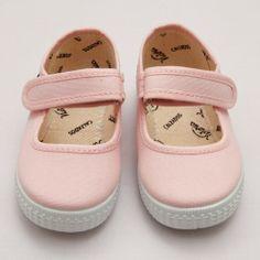 Victoria Plimsoll – Soft Pink
