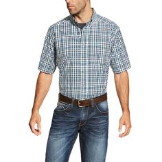 Ariat® Men's Izzy Short Sleeve Performance Button Down [10019707]
