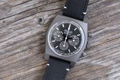 Zenith Chronomaster Revival El Primero Shadow (Hands-On, Price) Monochrome Watches, Star Logo, Dream Watches, Vintage Rolex, Beautiful Watches, Black Rubber, Matte Black, Chronograph, Watches For Men