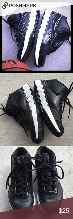 🏀 Reebok basketball shoes Men's size 4.5 black basketball shoes. Excellent condition. Indoor use only.    NOTE:  My daughter wore these when she wore a size 6 youth so that's why I listed them under kids. Reebok Shoes