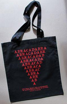 BOLSA ABRACADABRA via ALMACÉN DE ANÁLISIS. Click on the image to see more!
