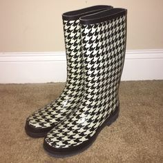 LISTING: Rampage Rainboots With all these spring showers around the corner, getting the right pair of Rainboots is essential! These pretty Houndstooth Rainboots are exactly what you'll need! I accept reasonable offers and there's discounts on bundles! Rampage Shoes Winter & Rain Boots