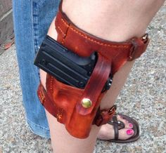 Molded exterior for a snug fit and lined with soft bison for comfortable wear. Pistol Holster, Revolver, Custom Holsters, Survival, Obi Belt, Leather Pattern, Leather Projects, Leather Accessories, Leather Tooling