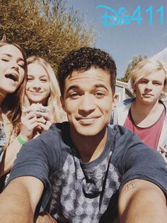 Jordan Fisher, Maia Mitchell, Ross Lynch & Mollee Gray #TeenBeach2