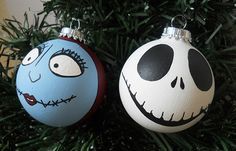 This is a hand painted holiday ornament set inspired by Jack Skellington and Sally from the classic film A Nightmare Before Christmas!  Painted on 2.5 inch glass ball ornaments. These are our designs and are all individually painted in acrylic and ink pens. The paint has been sealed with a poly...