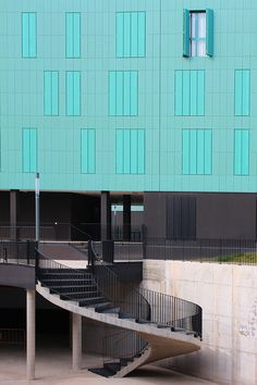 TOYO ITO'S SOCIAL HOUSING IN LOGROÑO by Gon.photo