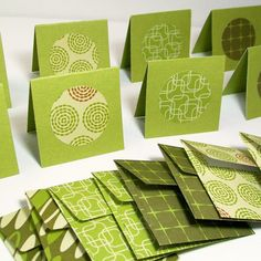 Mini Note Cards and Handmade Envelopes (Set of - Green Gift Tags Handmade Envelopes, Handmade Cards, Cute Stationary, Lunch Box Notes, Arts And Crafts, Paper Crafts, Green Gifts, Scrapbook Journal, Adult Crafts
