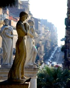 | ♕ | Statues and a pigeon - Catania, Sicily