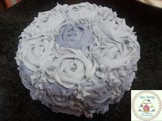Tarta rosas https://www.facebook.com/Dulcecatering.mesasdulces?fref=ts