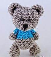 http://www.ravelry.com/patterns/library/sam-the-little-teddy-bear
