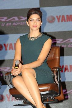 #DeepikaPadukone Launch Yamaha Ray Bike #Beauty
