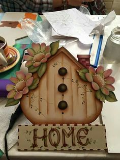 Arte Country, Pintura Country, Christmas Wood Crafts, Country Paintings, Tole Painting, Wooden Signs, Painting Inspiration, Amanda, Hand Painted