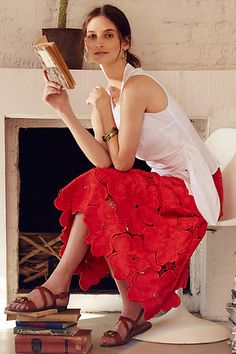 The Lace Bouquet Skirt by Cynthia Rowley is a beautiful blend of flawless construction and a classic, feminine silhouette. Pretty Outfits, Stylish Outfits, Fashion Outfits, Lace Bouquet, Sunday Clothes, Lace Outfit, Blouse And Skirt, Cynthia Rowley, Mode Inspiration