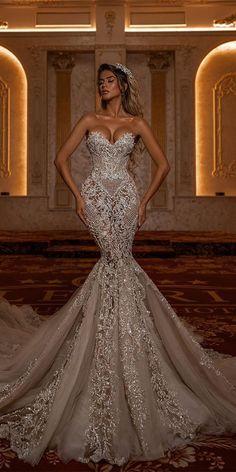 Wedding Dress Trends, Sexy Wedding Dresses, Boho Wedding Dress, Bridal Dresses, Wedding Gowns, Wedding Bride, Extravagant Wedding Dresses, Cream Wedding, Backless Wedding
