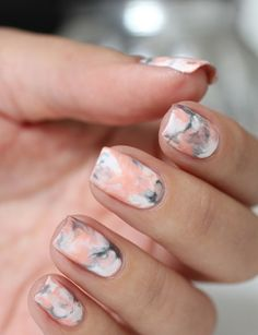 Today we have 32 of the best marble nails that we could find. All of these nails feature a marble or marbling like nail polish design that looks amazing. There is something about marble nails that look luxurious and smooth. Hot Nail Designs, Square Nail Designs, Spring Nail Colors, Spring Nails, Summer Nails, Fall Nails, Winter Nails, Hot Nails, Hair And Nails