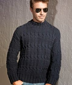 PULOVER MASCULINO EM TRICO TAMANHO: 3. MATERIAL: PINGOUIN FLASH – 7 novelos na cor 516 (naval); ag. para tricô PINGOUIN nº 6. Polo Neck, Crochet, Knitted Hats, Winter Outfits, Knitting Patterns, Men Sweater, Turtle Neck, Stitch, Sweaters
