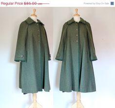 Vintage Green Tweed Wool Swing Coat by DuncanLovesTess on Etsy Tweed Coat, Wool Coat, Vintage Coat, Vintage Green, Vintage Clothing Online, Swing Coats, Oversized Coat, Cape Coat, Green Wool