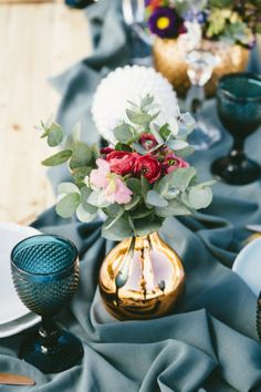 Boho beach wedding r