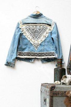 URBAN - made to order - FOLK jacket jean Vintage Boho Rock ethnic Style Fes.,URBAN - made to order - FOLK jacket jean Vintage Boho Rock ethnic Style Festival Boho bib embroidery - Good s. Mode Hippie, Mode Boho, Hippie Chic, Estilo Folk, Estilo Hippy, Look Boho Chic, Bohemian Style, Ethno Style, Gypsy Style