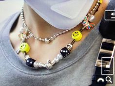 Image about nct in taeyong details 🦋 by sofia Cute Jewelry, Beaded Jewelry, Jewelry Accessories, Handmade Jewelry, Beaded Necklace, Beaded Bracelets, Necklaces, Moda Kpop, Estilo Indie
