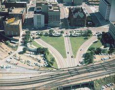 Aerial View Picture  Dealey Plaza     https://maps.google.it/maps?f=q&hl=en&geocode=&q=Dealey+Plaza,+Dallas,+Texas,+Stati+Uniti&sll=32.786769,-96.783628&sspn=0.015911,0.028582&ie=UTF8&om=1&ll=32.77931,-96.807811&spn=0.001989,0.003573&t=k&z=18&iwloc=addr