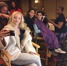 'Descendants' Celebration: Dove Cameron and Co. Descend Upon Disneyland Descendants' Celebration: Dove Cameron and Co. Descend Upon Disneyland Dove Cameron Descendants, Disney Channel Descendants, Descendants Cast, Descendants Characters, Cameron Boyce, Zachary Gibson, Liv Y Maddie, Disney Tv Movies, Kenny Ortega