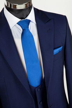 black suit with royal blue cravat - Google Search | wedding ...