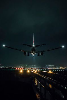 Arrival by Azul Obscura