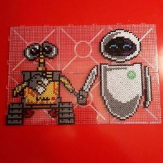 Wall-E and Eve hama beads by delapixelart