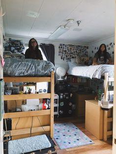 Elegant College Dorm Room Design Ideas That Suitable For You . Elegant College Dorm Room Design Ideas That Suitable For You Elegant College College Bedroom Decor, Cool Dorm Rooms, Room Ideas Bedroom, Teen Bedroom, Dorm Design, Dorm Room Designs, Small Room Design, Design Design, Dorm Layout