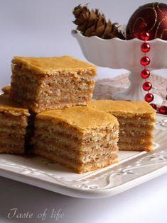 Taste of life: Posne žerbo kocke Egg Free Desserts, Eggless Desserts, Vegan Desserts, Easy Desserts, Baking Recipes, Cookie Recipes, Dessert Recipes, Old Fashioned Nut Roll Recipe, Posne Torte