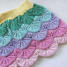 Ravelry: Juni skjørt pattern by Karine Harridsleff Knitting Stiches, Knitting Patterns, Juni, Ravelry, Barn, Blanket, Crochet, Design, Ideas