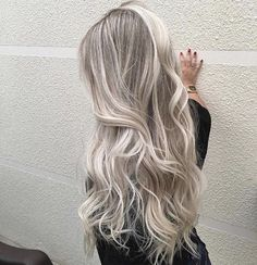 40 Fantastic Balayage Hair Styles That You Get With Minimal Spending Update) - Blonde Hair Shades, Blonde Hair Looks, Balayage Hair Blonde, Brown Blonde Hair, Ombre Hair, Blonde Hair Extensions, Medium Blonde, Brown Balayage, Medium Brown