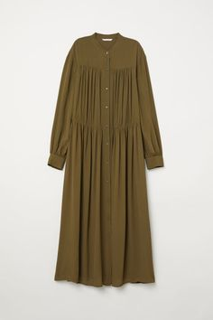 H&M Wide maxi dress - Green Abaya Style, Hijab Style Dress, Disney Wedding Dresses, Hijab Bride, Pakistani Wedding Dresses, Pakistani Outfits, Indian Dresses, Abaya Mode, Mode Hijab