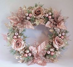 50 Rose Gold Christmas Decor Ideas so that your home tells a Sweet Romantic Stor. - 50 Rose Gold Christmas Decor Ideas so that your home tells a Sweet Romantic Story – ribbon wreaths {hashtags - Rose Gold Christmas Tree, Rose Gold Christmas Decorations, Shabby Chic Christmas, Silver Christmas, Beautiful Christmas, Christmas Crafts, Christmas Ideas, Champagne Christmas Tree, Christmas Christmas