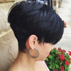 30 Stacked Bob Haircuts For Sophisticated Short Haired Women - Part 16