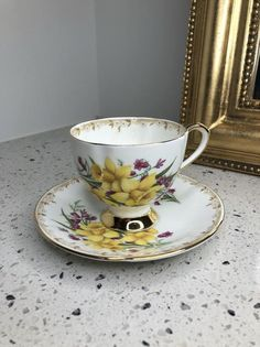 Vintage Taylors and kent Teacup And Saucer Duo. Vintage High Tea, Retro Vintage, Vintage Items, Blouse Vintage, Daffodils, Taylors, Tea Cups, 1950s, Antiques