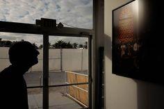 Miami Streets 15 - @scopeartshow #artbaselmiami #artbasel #miami #streetamatic #streetphotography #art