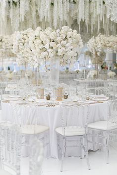 Check out this guide to choosing the right wedding color, choose your own schemes and get another of your wedding decision resolved today. white wedding How To Choose The Best Wedding Color Schemes All White Wedding, Elegant Wedding, Floral Wedding, Dream Wedding, White Weddings, Rustic Wedding, Diamond Wedding Theme, All White Party, White Wedding Flowers
