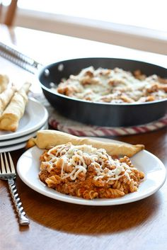 Skillet Lasagna. QUICK and EASY @hungryhousewife