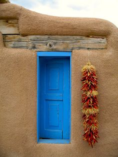 Por allá en los Ranchos de Taos, Nuevo México.