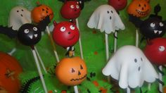 Halloween Cake Pops By  Chic Unique Cakes
