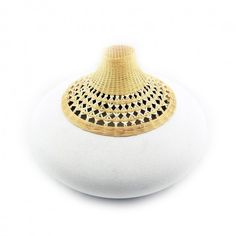 Porcelain round vase with bamboo weaving